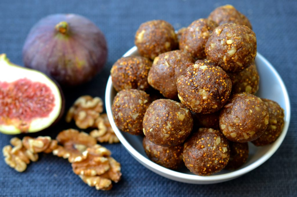 Homemade No-Bake Fig Newton Energy Bites